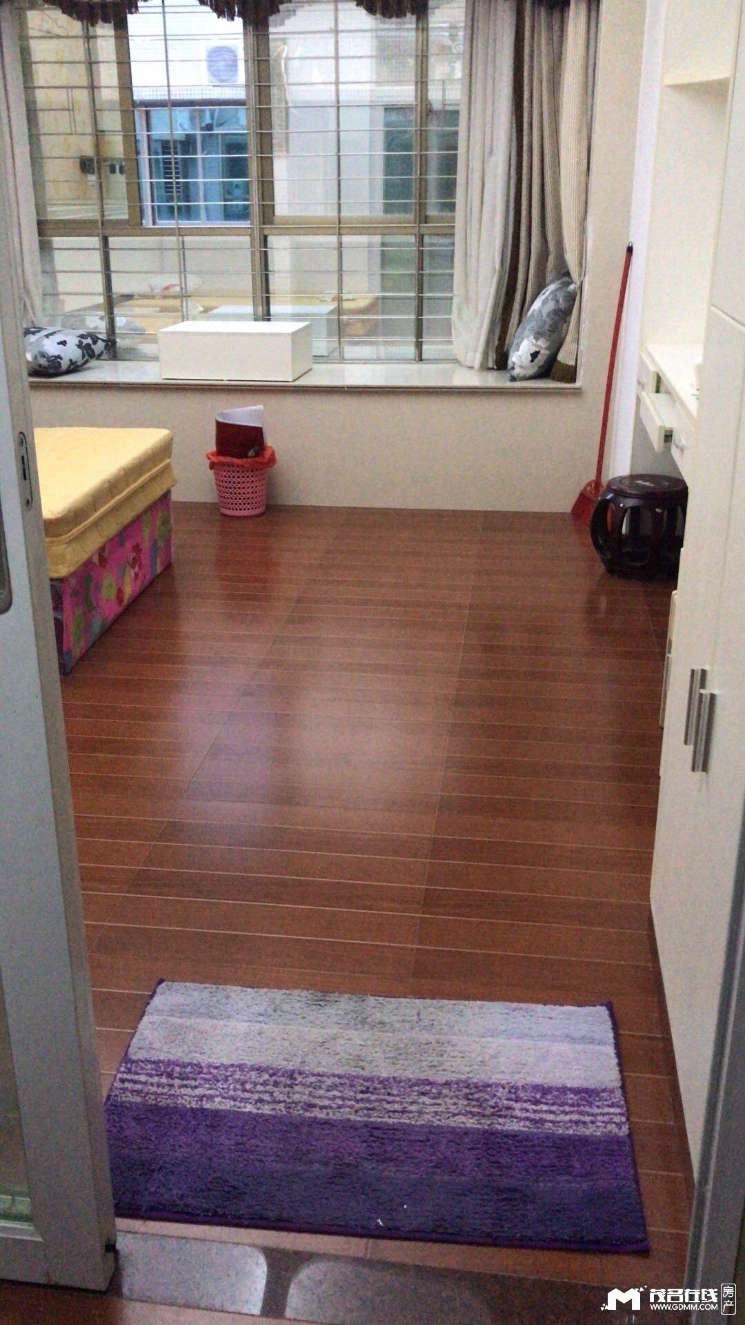 摩根时代精装公寓1600元每月拎包入住