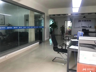 出售: 合力中苑3楼,乙烯、博雅双学学位,85万