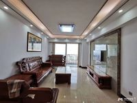 金色家园,靓楼层,115平方,精装,配送2个么托车位,开价85万
