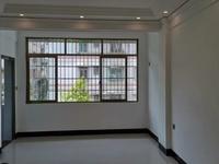 全新精装修未入住,光华北路物资局大院,6楼,68万送10平方车房