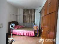 人民北路车田街3房2厅127.94平方,东边,售价65万