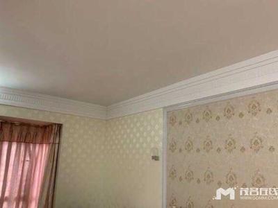 财富名门,4房2厅,房大厅大,豪装,木地板墙布吊顶,送部分家私,售197.6万