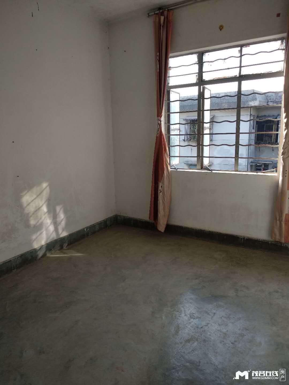 出租站前五路铁路小区 2室1厅1卫60平米650元/月住宅