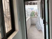 七小学位近学校近市场东头房装修新净价钱便宜