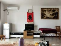 华厦世纪100方2房1厅家私电齐租2700拎包入住