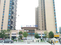 碧桂园天悦府,高层,270 ,6房2厅3卫,南北,开价:286万,