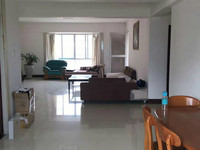 恒泰花园 4房2厅 184平方 精装 南北对流