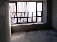 双山七路东信雅苑130方3房2厅毛坯140万
