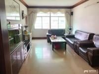 官山三路翠辉花园,官山双学位 有大院门岗 证满两年,131方4房2厅1阳台85万
