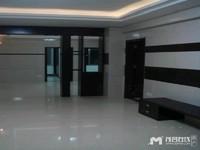 急租鸿景南苑,3室2厅1卫,119平方,2500元/月。