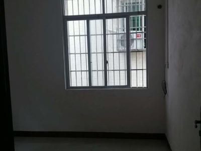 油城六路三巷方兴,2室1厅1卫,55平方,900元/月,附近有学校、市场等