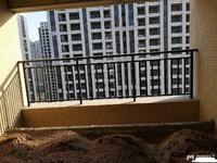 荔晶新城中高层117平方3房2厅毛坯房115万