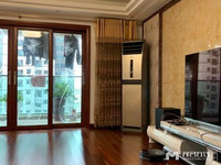 财富名门 豪华装修 靓楼层 4室2厅 208平方 180万
