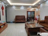 一方新苑 高层 3方2厅 137.8平方 精装 107万