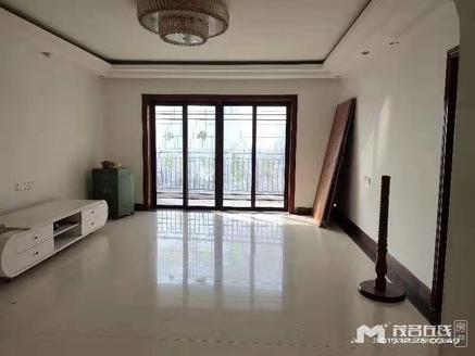 执靓房:亨利华府9楼东头,精装,178平方,南北向8000元每方