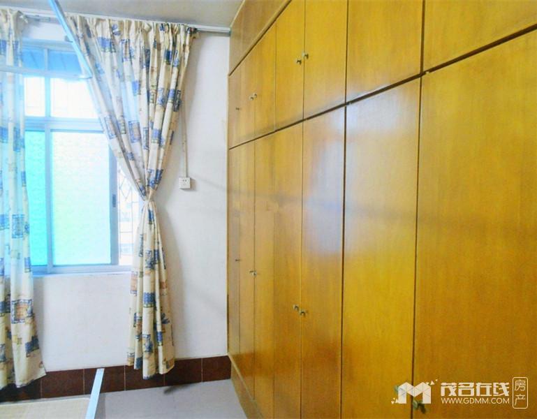 为民路茂石化小区3房2厅90平方1150元/月