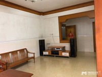 出租愉园小区4室2厅1卫125平米2280元/月住宅