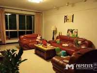 华景花园,8楼东头,161平方,精装一口价79.8万送车房