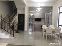 出售镇盛碧桂园4室2厅3卫218平米189万住宅