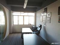 油城七路办公室出租电梯157平方 2900每月