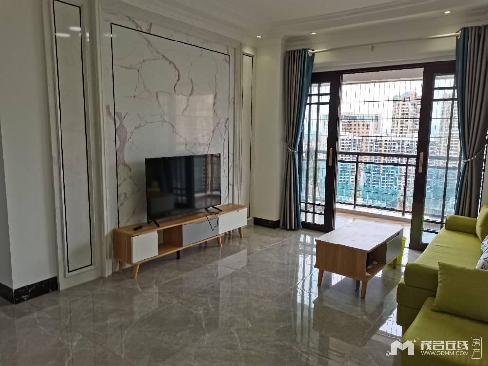 出租东汇城2室2厅1卫75平米3000元/月住宅